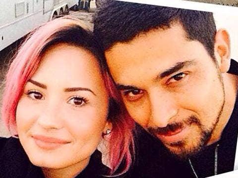 "<a href=""http://distilleryimage5.ak.instagram.com/cd2160b48a1411e3ab0a124f81b599cd_8.jpg""/>Demi Lovato</a>"