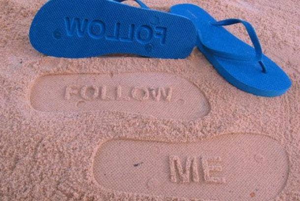 Best Divorce Gifts For Women: follow me flip-flops