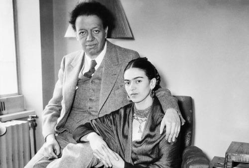 """<a href=""""http://www.biography.com/people/frida-kahlo-9359496/photos"""">biography.com</a>"""
