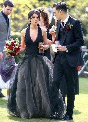 """<a href=""""http://www.usmagazine.com/celebrity-news/news/shenae-grimes-wedding-new-pictures-and-exclusive-details-2013135"""">usmagazine.com</a>"""