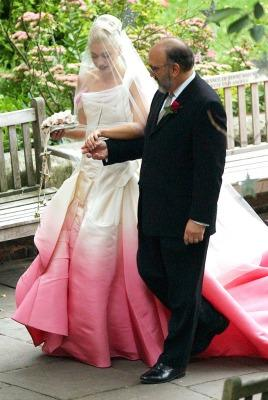 "<a href=""http://cpbride.com/blog/fashion-forward-bridal-trends-on-despierta-america/"">cpbride.com</a>"