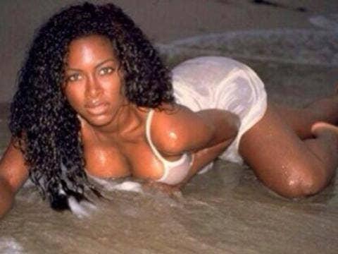 Kenya Moore Nude Pic