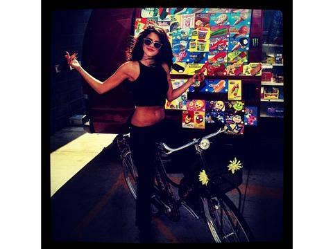 "<a href=""http://instagram.com/p/cyMIO0OjGc/""/>Selena Gomez Instagram</a>"