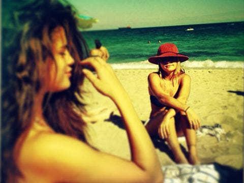"""<a href=""""http://instagram.com/p/gBcRUaujDK/""""/>Selena Gomez Instagram</a>"""