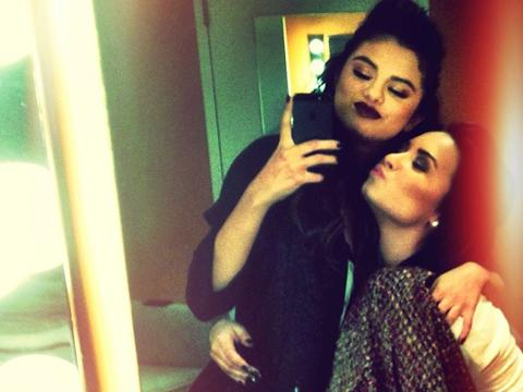 "<a href=""http://instagram.com/p/gcOOP2OjON/""/>Selena Gomez Instagram</a>"
