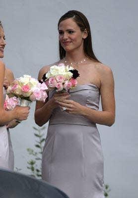 "<a href=""http://www.celebritybrideguide.com/jennifer-garner-not-a-good-bridesmaid/""> celebritybrideguide.com </a>"