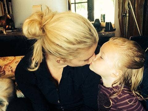 "<a href=""http://photos-b.ak.instagram.com/hphotos-ak-ash/10268823_487796138015473_1186371452_n.jpg""/>Jessica Simpson Instagram</a>"
