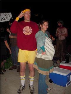 """<a href=""""http://www.pregnantchicken.com/pregnant-chicken-blog/2010/10/5/25-pregnancy-halloween-costume-ideas.html"""">pregnantchicken.com</a>"""