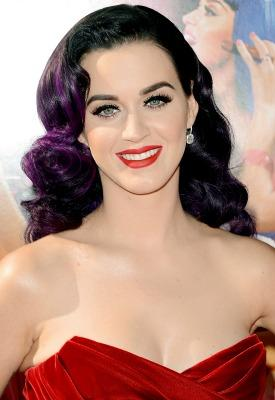 "<a href=""http://www.forbes.com/sites/trulia/2013/06/24/katy-perry-selling-hollywood-mansion/"">forbes.com</a>"