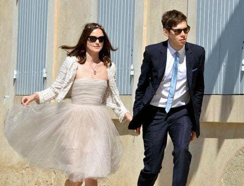 """<a href=""""http://www.1023clearfm.com/2013/05/06/kiera-knightlys-non-traditional-wedding-wear/"""">1023clearfm.com</a>"""