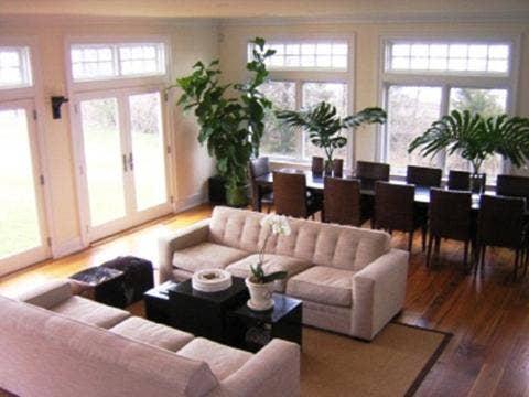 Khloe & Kourtney Kardashian Have A Hot Hamptons Pad: See Pic ...