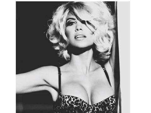 Kourthey Kardashian blonde