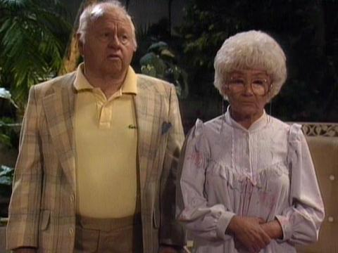 """<a href=""""http://www.classicmoviehub.com/blog/wp-content/uploads/2012/09/Golden-Giril-1988.jpeg""""/>Mickey Rooney and Estelle Getty on """"The Golden Girls""""</a>"""
