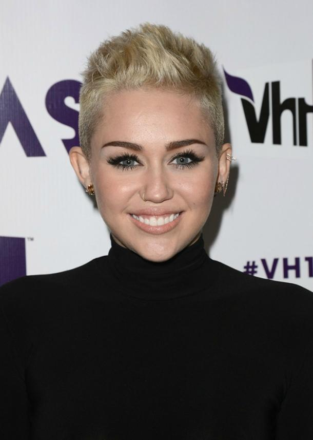 miley cyrus beauty 14