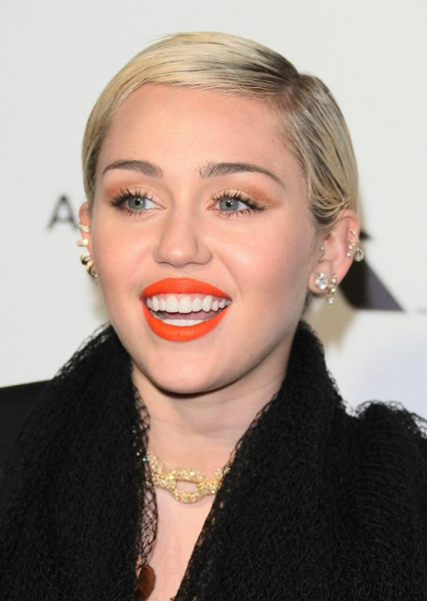 miley cyrus beauty 18