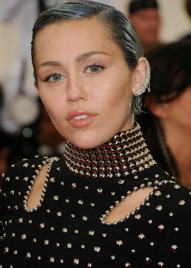 miley cyrus beauty 19