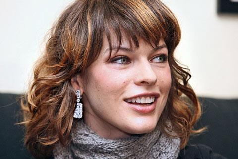 "<a href=""http://www.ign.com/articles/2008/01/03/dvd-babe-of-the-day-milla-jovovich"">ign.com</a>"