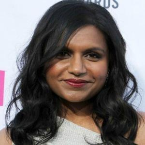 """<a href=""""http://hollywoodneuz.com/mindy-kaling-biography-profile-pictures-news/"""" target=""""_blank"""">hollywoodneuz.com</a>"""