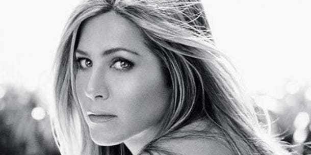 "<a href=""http://s3.amazonaws.com/rapgenius/1375779286_500full.jpg""/>Jennifer Aniston</a>"