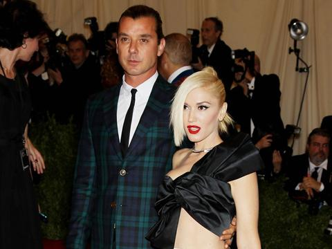 "<a href=""http://cdn04.cdn.justjared.com/wp-content/uploads/2013/05/stef-metb1/gwen-stefani-gavin-rossdale--met-ball-2013-carpet-03.JPG"">Gavin Rossdale & Gwen Stefani</a>"
