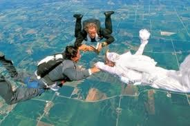 "<a href=""http://www.clintarcher.com/staying-stag-pt-3/skydiving-wedding/""> clintarcher.com </a>"