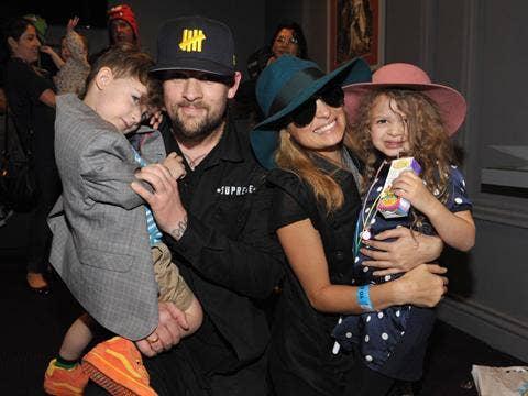 "<a href=""http://cdn.styleblazer.com/wp-content/uploads/2013/04/richie.jpg""/>Sparrow James Midnight Madden, Joel Madden, Nicole Richie & Harlow Winter Kate Madden</a>"