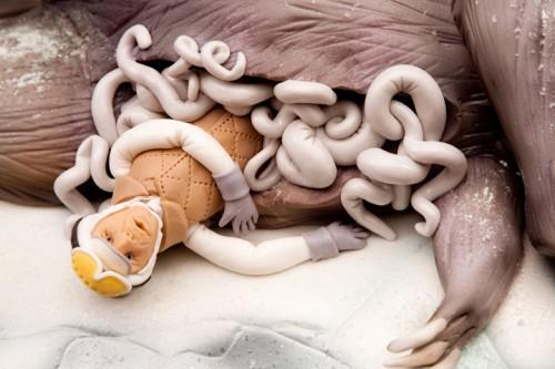 "<a href=""http://craziestgadgets.com/2009/10/30/insane-tauntaun-innards-cake/""> craziestgadgets.com </a>"