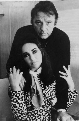 """<a href=""""http://www.dailymail.co.uk/tvshowbiz/article-1284504/Richard-Burton-Elizabeth-Taylor-The-Love-Letters-How-drinking-cocooned-pressure-fame-Without-make-love.html"""">dailymail.co.uk</a>"""