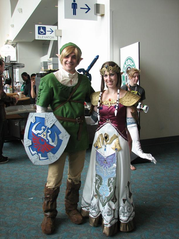 Zelda Video Game Cosplay Halloween Costume Ideas  sc 1 st  YourTango & 20 Video Game-Inspired Cosplay Halloween Costume Ideas For Couples ...
