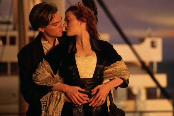 leonardo dicaprio and kate winslet in titanic jack and rose