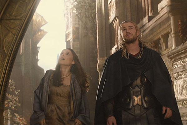 Super Dysfunctional Superhero Couples: Natalie Portman and Chris Hemsworth as Jane Foster and Thor