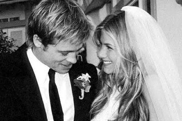 brad pitt jennifer aniston wedding jennifer aniston brad pitt jennifer aniston brad pitt divorce brad pitt angelina jolie brangelina jennifer aniston breakup brad pitt breakup brad pitt split jennifer aniston mr and mrs smith brad pitt angelina jolie mr a
