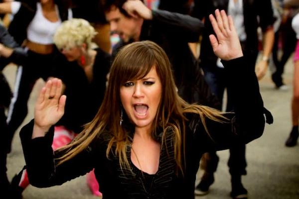 Kelly Clarkson from Stronger kelly clarkson brandon blackstock kelly clarkson wedding kelly clarkson married