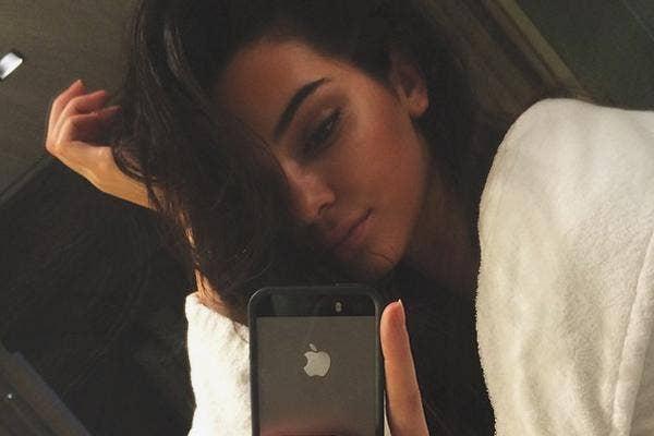 Kendall Jenner Sexy Selfie