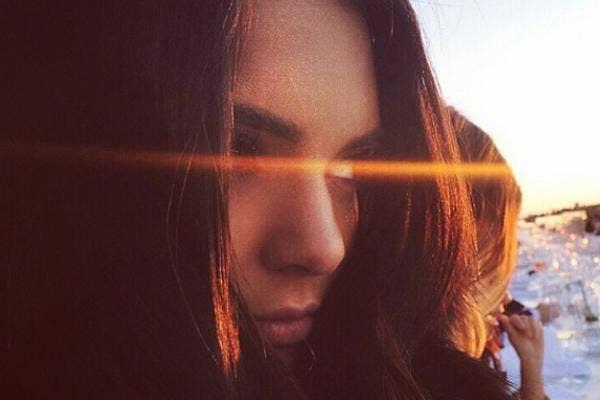 Kendall Jenner Sunny Selfie