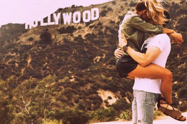 couple kissing in hollywood