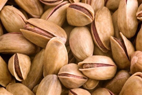 2. Pistachios improves blood circulation.