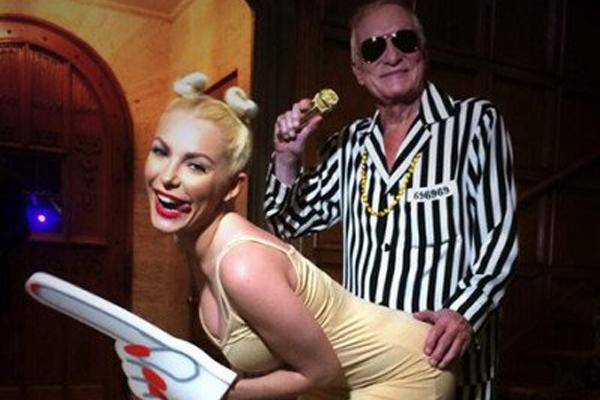 Hugh Hefner and Crystal Harris as Miley cyrus and Robin Thicke