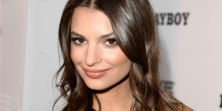 Surprisingly Sexy Photos Of Emily Ratajkowski From Blurred Lines