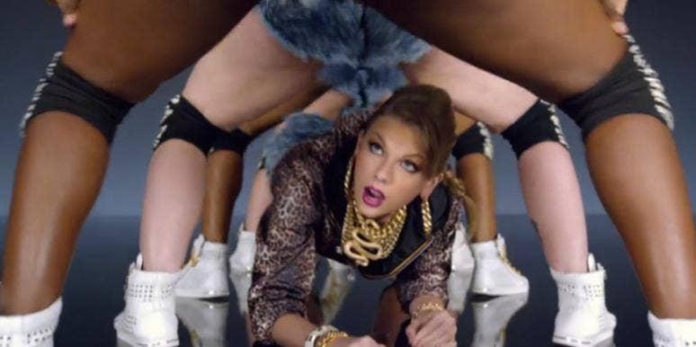 Taylor Swift in Shake It Off
