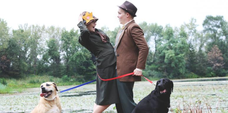 "Couple Reenacts ""101 Dalmatians"" For Engagement Photos"