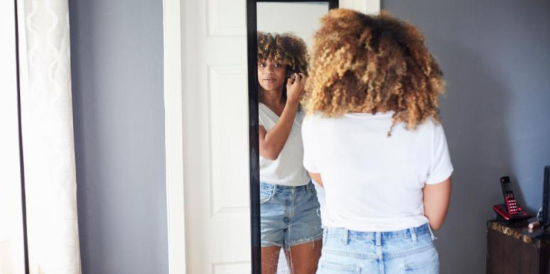 Science Says THIS Is Why The Mirror Hurts Your Self-Esteem