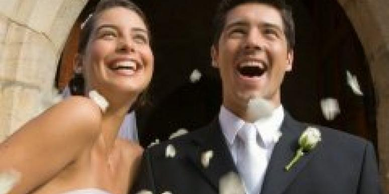 The Key To A Happy Wedding? Spend It With Your Spouse