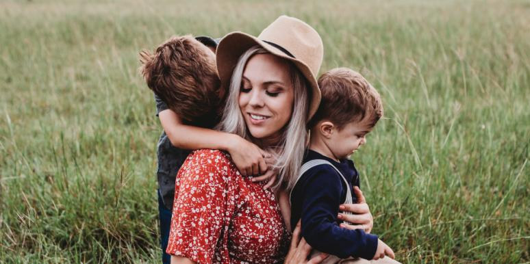 What Is Emotional Intelligence? Parenting Advice For Raising Kids Who Can Process Basic Emotions