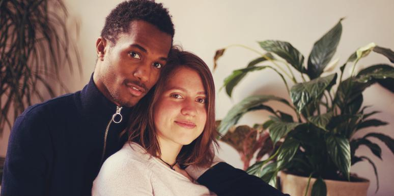 3 Ways To Get Closer As A Couple If You're Feeling Lonely In Your Relationship