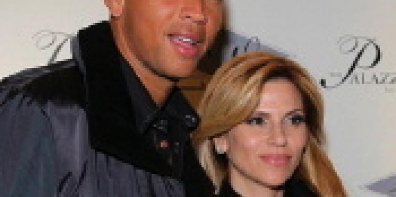 A-Rod Is Still Getting A-Divorce