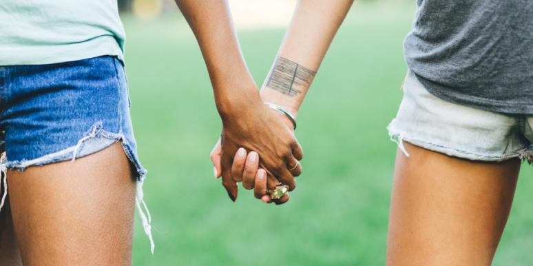 6 Bizarre Reasons You Should Marry A Righty (Says Science)