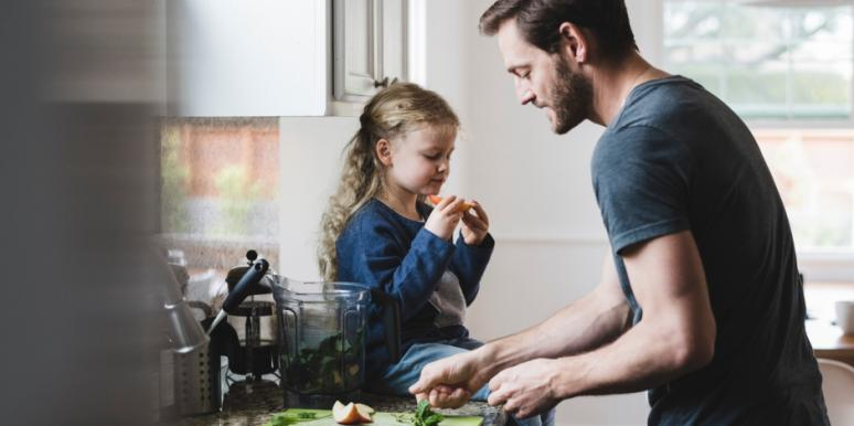 5 Reasons Stay-At-Home Dads Are The BEST Dads, Says Science