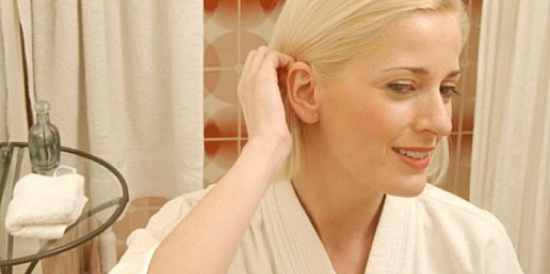 How To Still Feel Confident With Gray Hair [EXPERT]