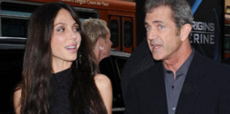 Oksana Grigorieva Gives Mel Gibson His Octo-Baby